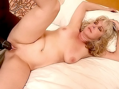 Spending Time with Pretty Milf Stacey